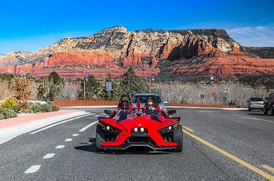 Half-Day Polaris Slingshot Rental en...