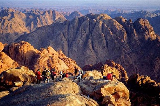 Private Sunrise Tour: Sinai Mountain Climb and St Catherine Monastery...