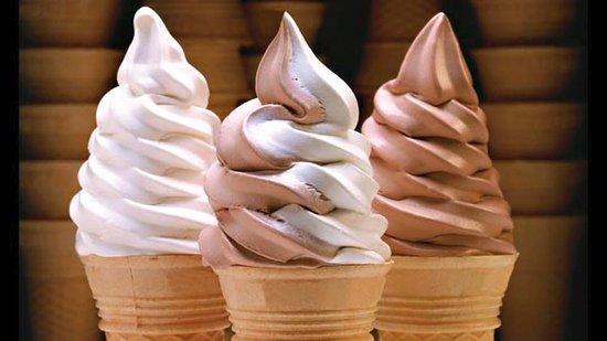 Hurst, TX: Complimentary Soft Serve Ice Cream!!!! :)