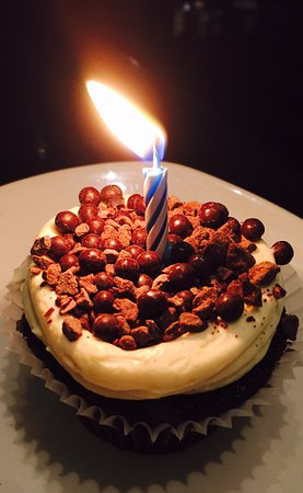 Rockpool Bar & Grill: Anniversary cake