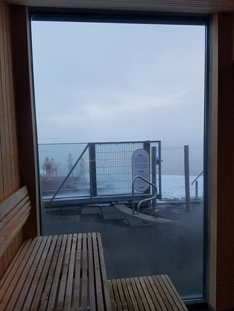 Laugarvatn, Island: Sauna with a view.