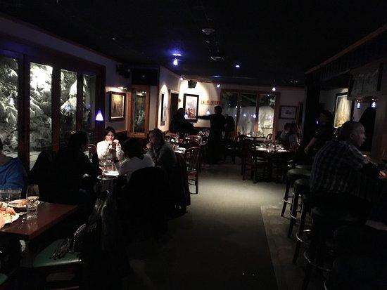 Russell's Restaurant: photo3.jpg