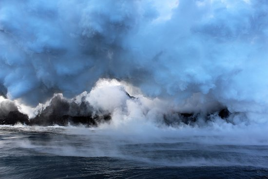 Pahoa, Χαβάη: steam from the lava entering the ocean