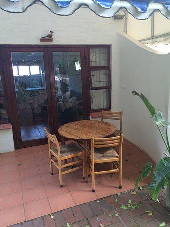 Umdloti, Afrika Selatan: Loerie Garden Cottage