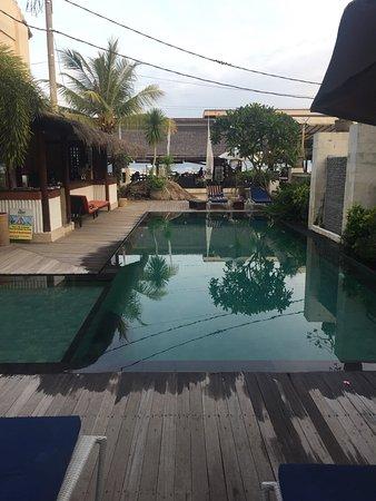 The Beach House Resort: photo1.jpg