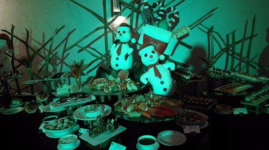 The Palms Hotel: Christmas  Celebrations