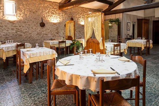 Rognonas, Frankrike: Salle du Restaurant