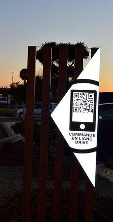 Lunel, Francia: COMMANDE EN LIGNE DRIVE