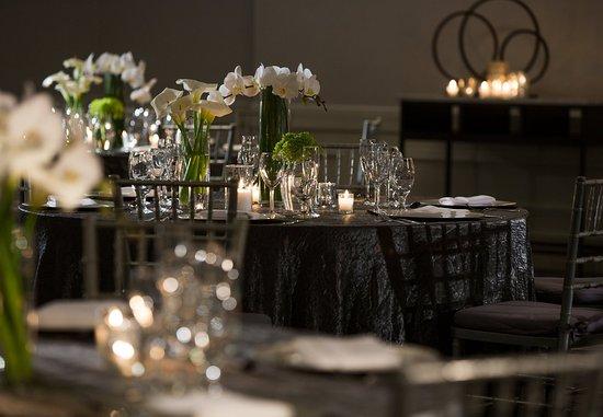 รัทเธอร์ฟอร์ด, นิวเจอร์ซีย์: Formal Event - Table Details