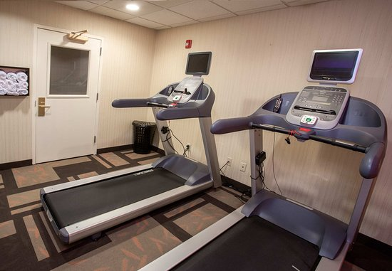 Raynham, MA: Fitness Center