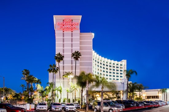 Crowne Plaza Los Angeles - Commerce Casino: The Crowne Plaza welcomes you to Los Angeles- Commerce