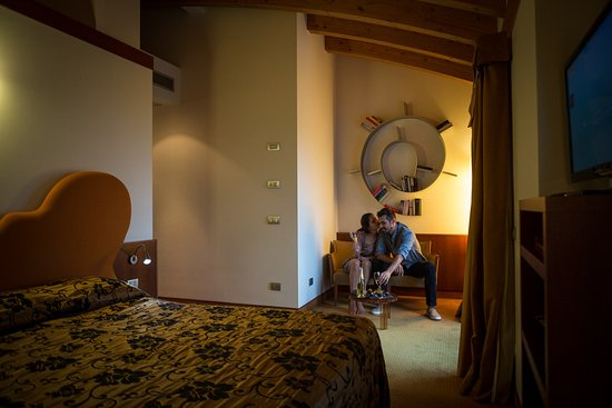 Color hotel bardolino lake garda italy reviews Color hotel italy