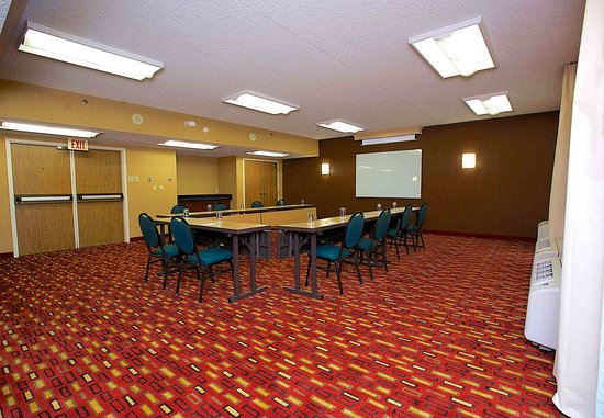 Bedford, TX: Mesquite & Juniper Meeting Rooms