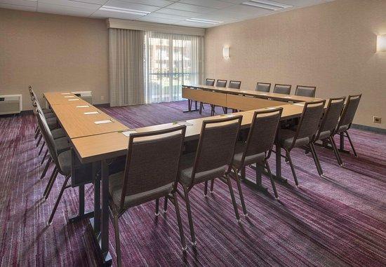 Rye, نيويورك: Meeting Room - U-Shape