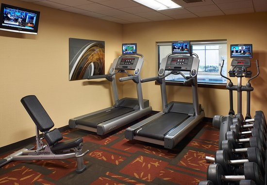 Arlington Heights, IL: Fitness Center