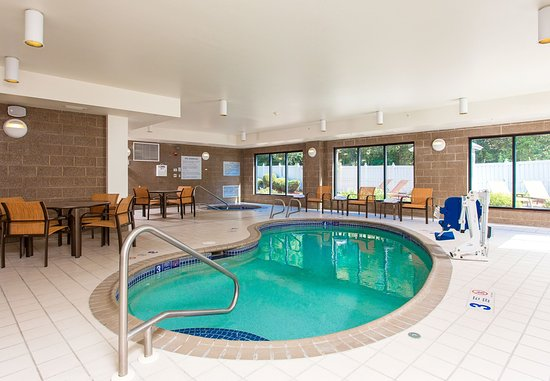 Вестал, Нью-Йорк: Indoor Pool
