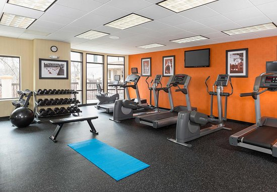Natick, MA: Fitness Center