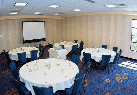 Moorhead, MN: Red River Meeting Room