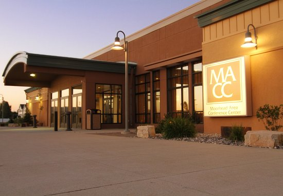 Moorhead, MN: Conference Center Exterior