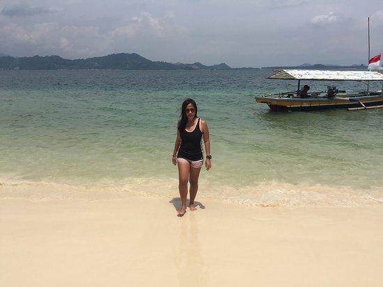 Kelagian Island: Beautiful Beach