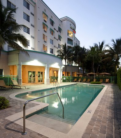 Photo of Courtyard by Marriott Fort Lauderdale Airport & Cruise Port Dania