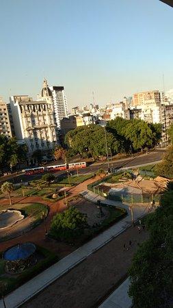 Ibis Buenos Aires Congreso: Vista da janela: Plaza del Congresso