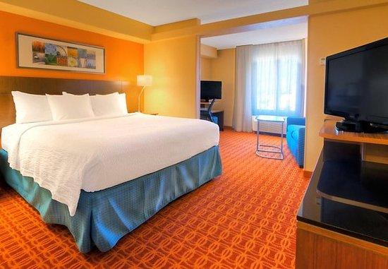 Germantown, TN: King Suite