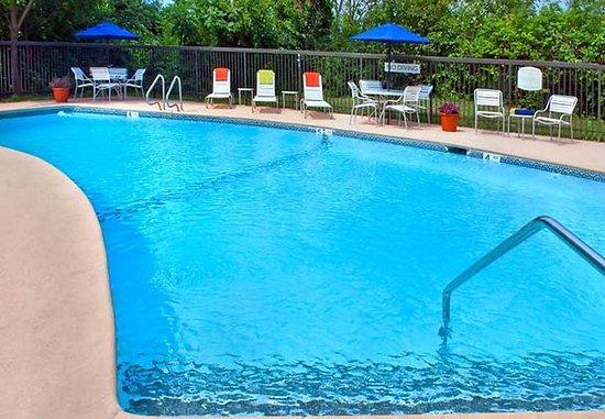 East Greenbush, Nowy Jork: Outdoor Pool