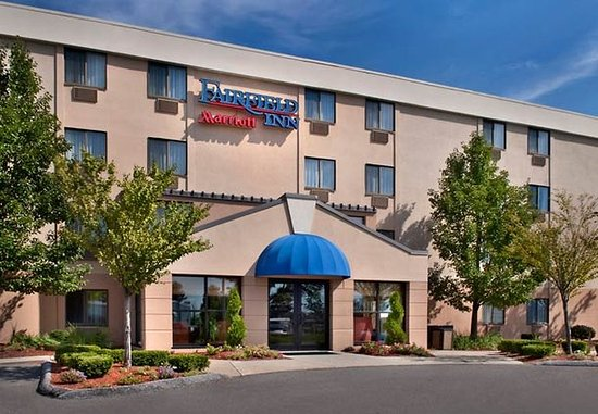 Fairfield Inn Manchester-Boston Regional Airport: Entrance