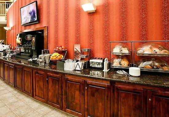 Hayward, CA: Breakfast Buffet