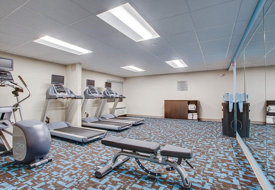Williston, VT: Fitness Center - Cardio Equipment