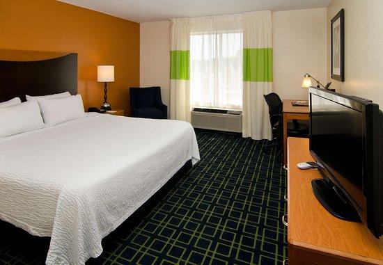 Fenton, MO: King Guest Room