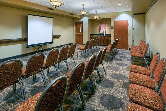 Yuba City, CA: Theater Meeting Room