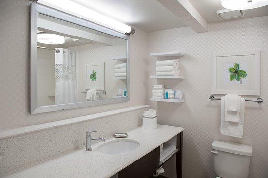Harahan, Луизиана: Guest Bathroom