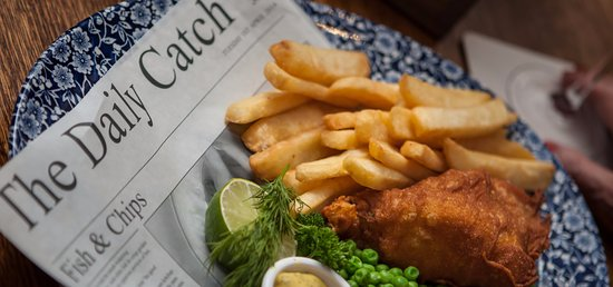 Made, The Netherlands: Traditional British Pub Food - Fish and Chips!