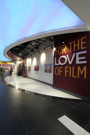 Drogheda, Irlanda: The ARC Cinema Lobby Area
