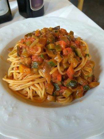 Caneva, Italy: Pasta al ragù di verdure
