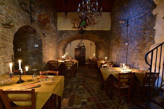 Montescudo, Italia: sala Principale (foto 4)