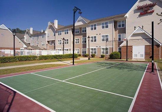 Rocky Mount, NC: Sport Court