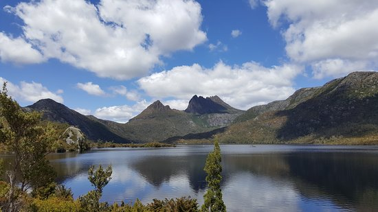 Cradle Mountain-Lake St. Clair National Park, Australia: Chais family Dove Lake walk