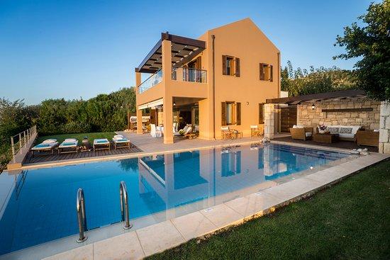 SK Place Crete Luxury Seafront Villas: Anemos Villa front Garden and Sitting Area