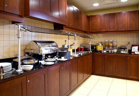 Southaven, MS: Breakfast Buffet
