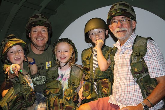 Woodstock, UK: Enjoying our replica section of a Horsa Glider.