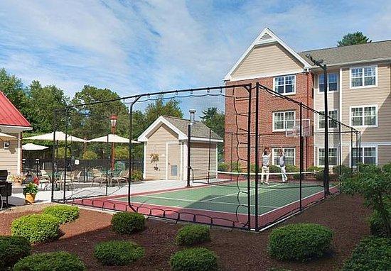 Avon, CT: Sport Court