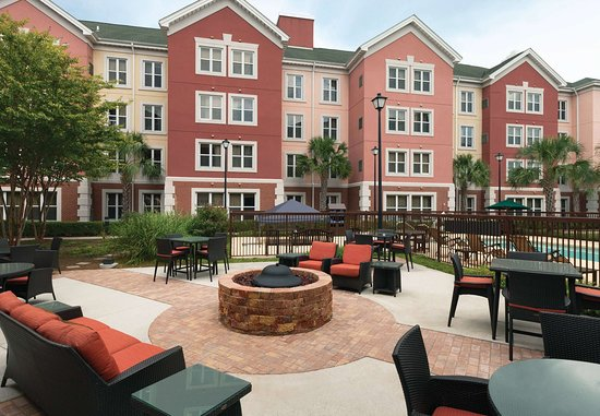 Residence Inn Charleston Airport: Outdoor Experience