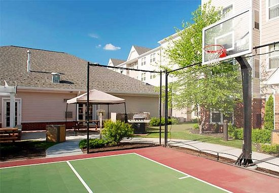Marlborough, MA: Sport Court