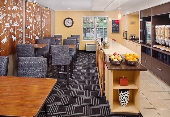 Horsham, PA: Breakfast Room
