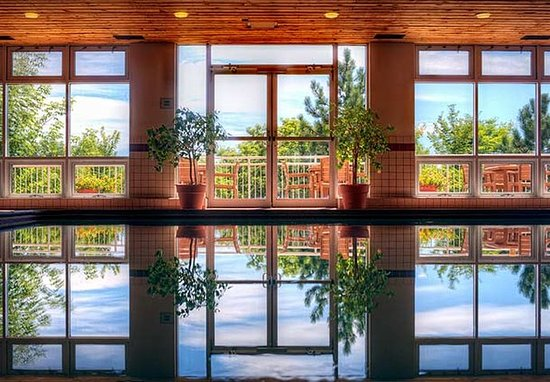 Eagan, MN: Indoor Pool