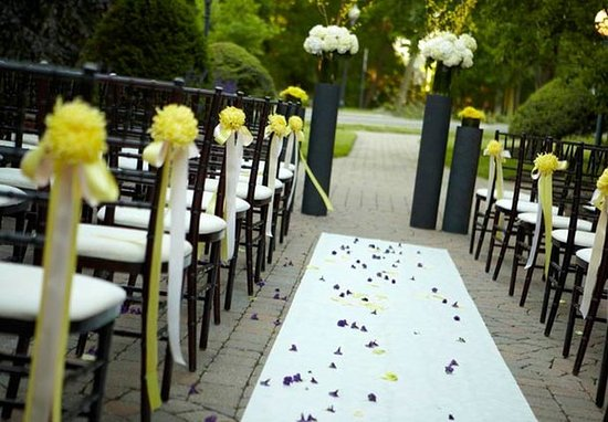 Pittsford, Estado de Nueva York: Carmel Patio – Wedding Style