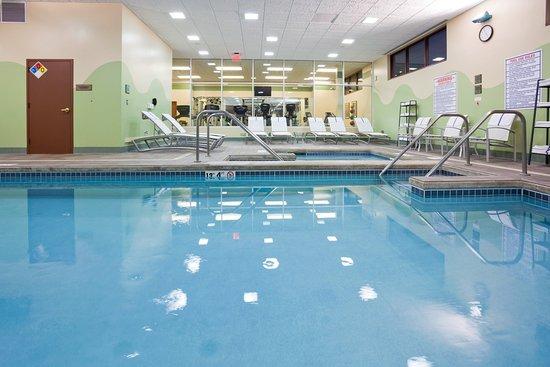 Wauwatosa, Ουισκόνσιν: Swimming Pool